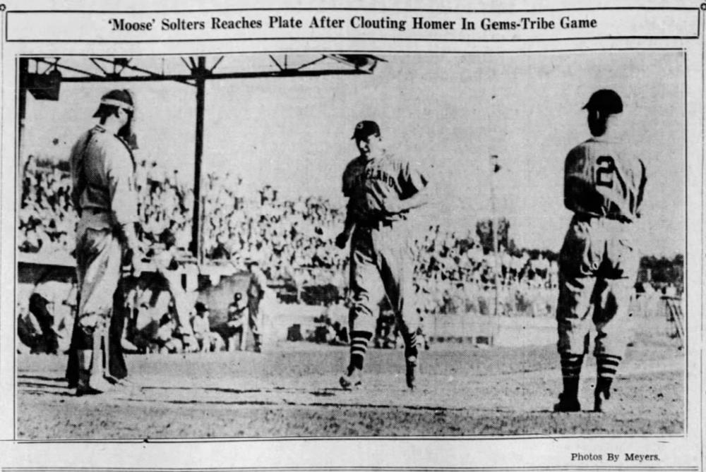 Savitt Gems vs. Cleveland Indians, 1937.