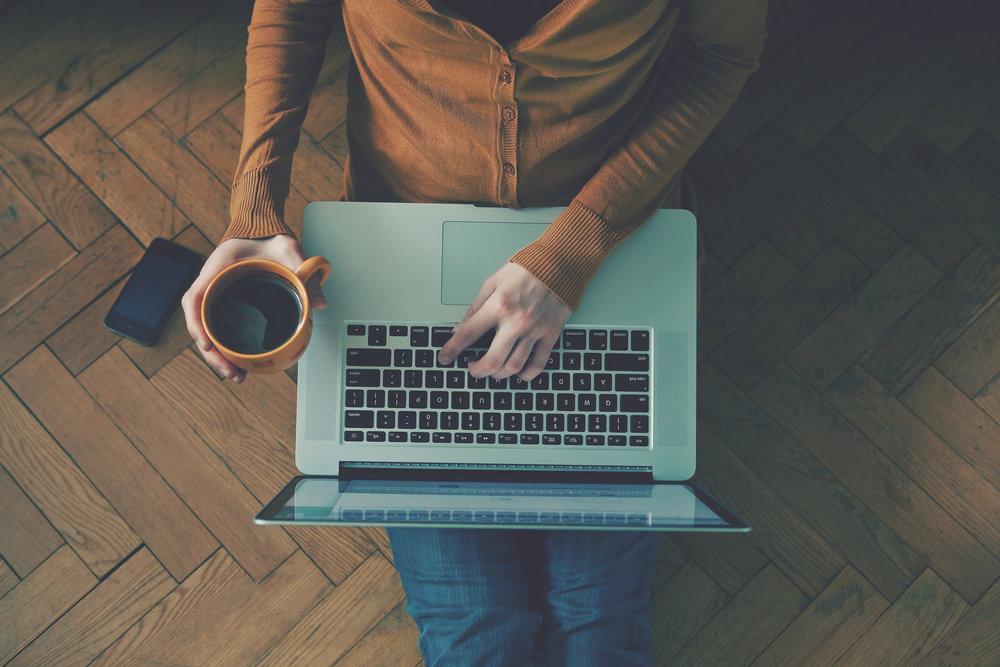 블로거가 되십시요 - 1,000~2000개의 Vevue 토큰을 획득우리 블로그에 기고하고 Vevue 토큰을 얻으십시오.게스트 또는 반복 기고 작가에게 제공됩니다.최소 500 단어를 작성하여야하며 작성하기 전에 신청을 먼저 하셔야 됩니다. 자신의 팔로워가 있는 경우 보너스를 받을 수 있습니다