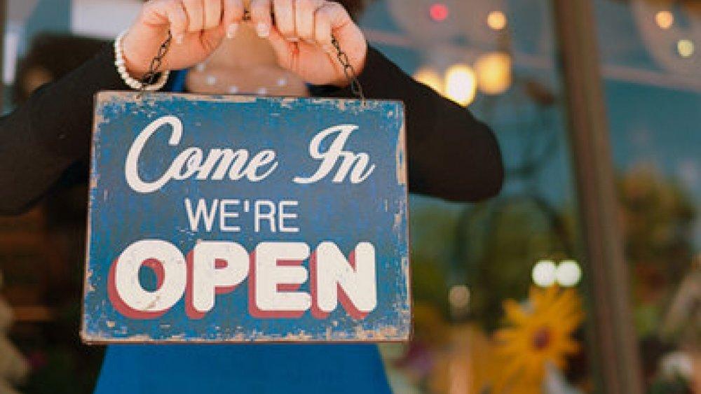 특화 사업 - 1,000개의 Vevue 토큰을 획득사업장의 관리자 또는 소유자.고객이 답변 할 수 있도록 사업장 근처에 5 개 핀의 요청을 하여야 합니다