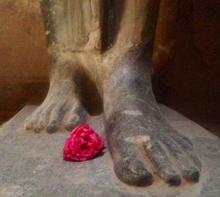 guru-feet