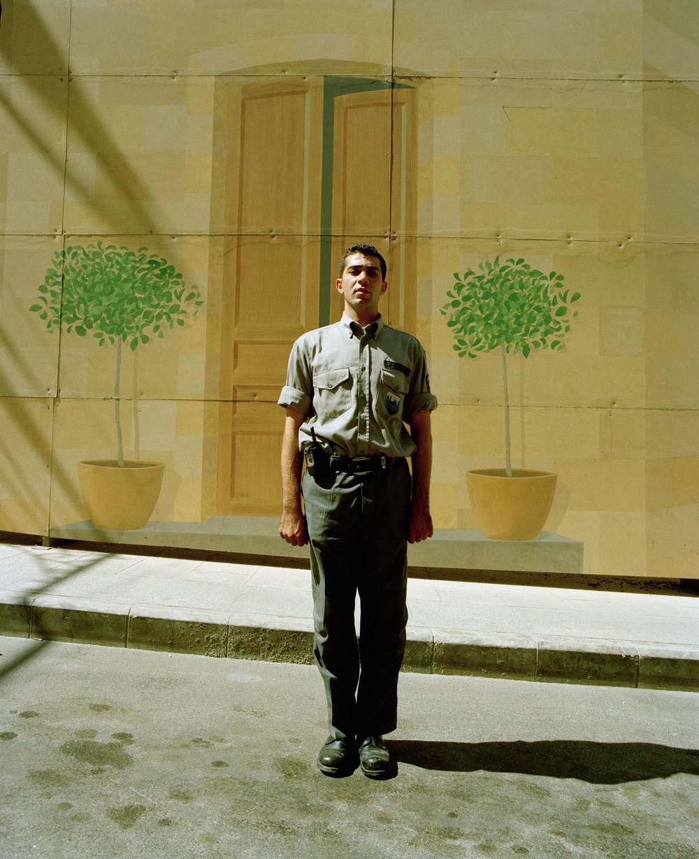 Beirut-Man-Muur.jpg