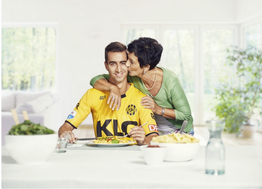 Roda JC player Tom van Hyfte with his mom