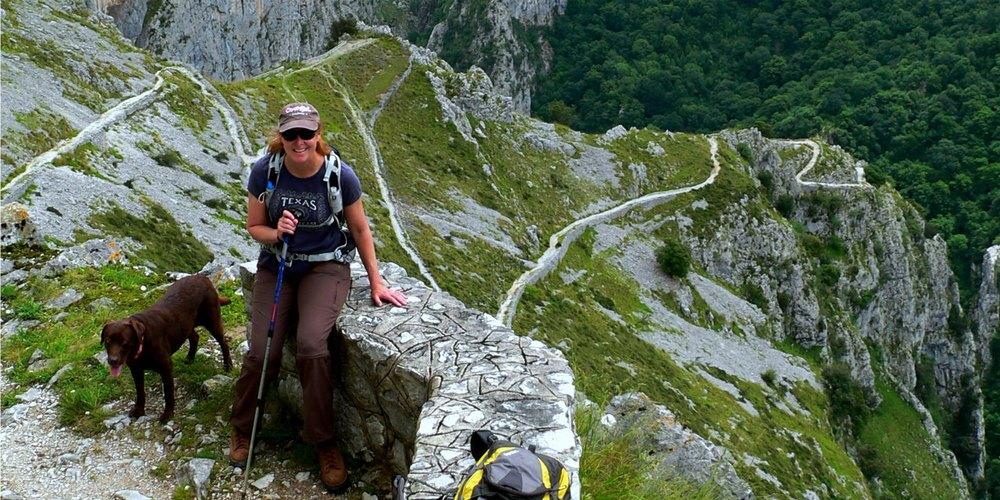 Hiking, Active & Adventure