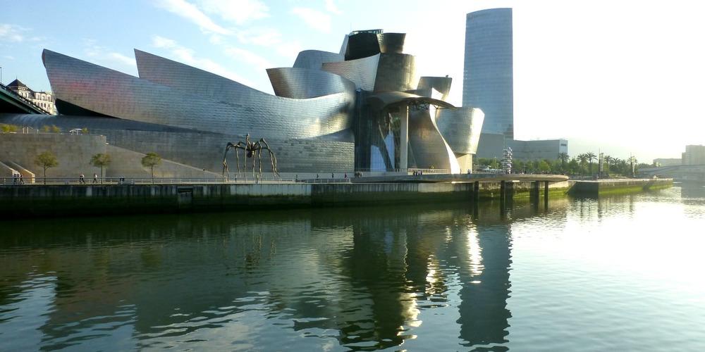 Frank Gehry's iconic Guggenheim Bilbao museum