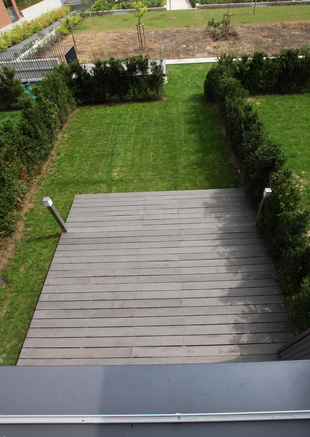 Image_Terrace_and_private_garden.jpg