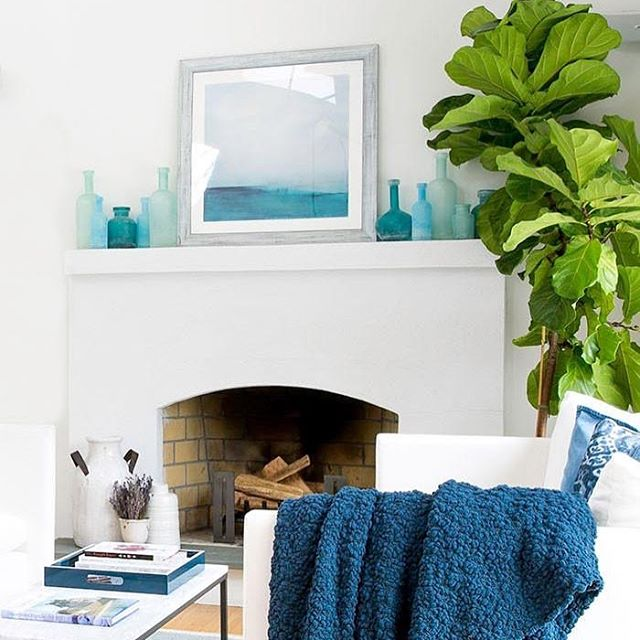 "Freshness ☝️times a million... I 😍how my @minted print ""Distant Island Pier"" finds a perfect home on in @bridesmagazine Editor-in-Chief, Keija Minor's Hamptons home. Designed by Alyssa Alon, Styled by Kimberly Winthrop. Photos by Sean Robertson.  @laurelandwolf"