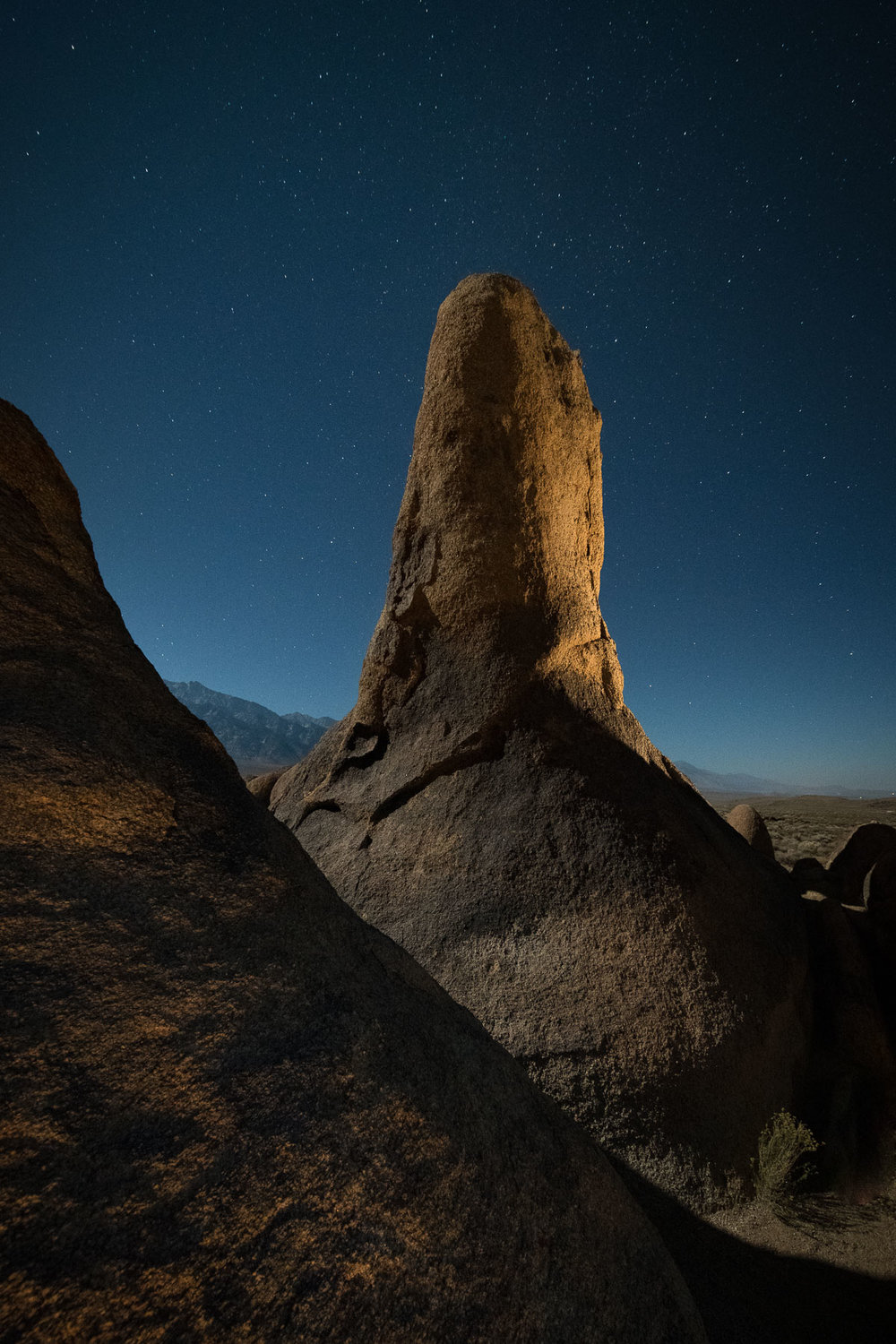Alabama Hills, California.  Nikon D850 ,  Irix 11mm f/4 Blackstone  lens. 15 seconds, f/5.6, ISO 3200.