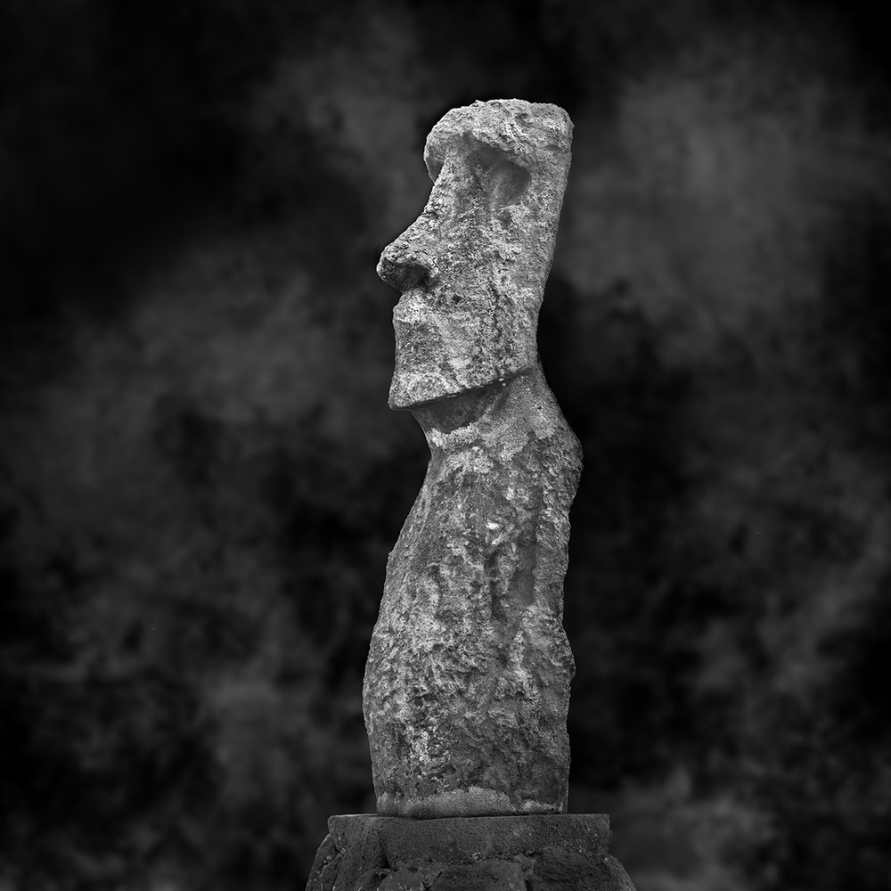 2015-1-1 Moai Sitting for Portrait No 6 - Final 3-5-2015.jpg