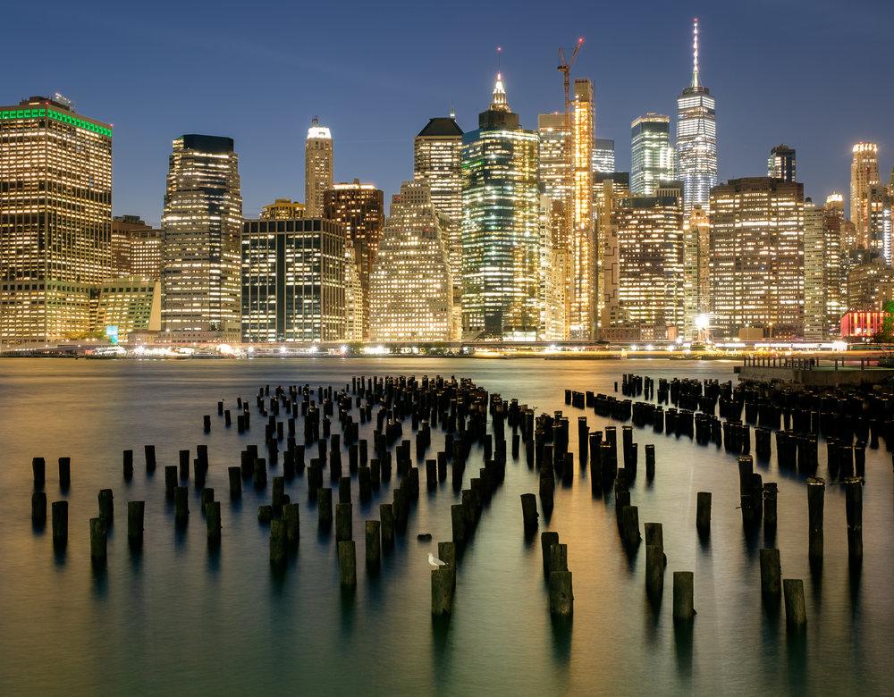 Lower Manhattan skyline from Brooklyn.    Fuji X-T2   ,    16-55mm f/2.8    at 21mm. 25 seconds, f/6.4, ISO 200.