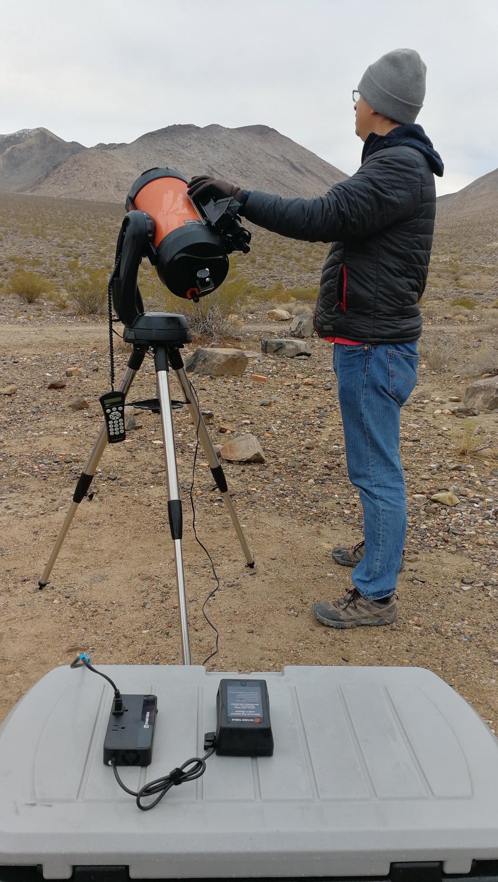 Astronomer Tyler Nordgren powered his telescope with one of the  ONsite  recharging packs that Tether Tools provided for our Death Valley backcountry workshop.