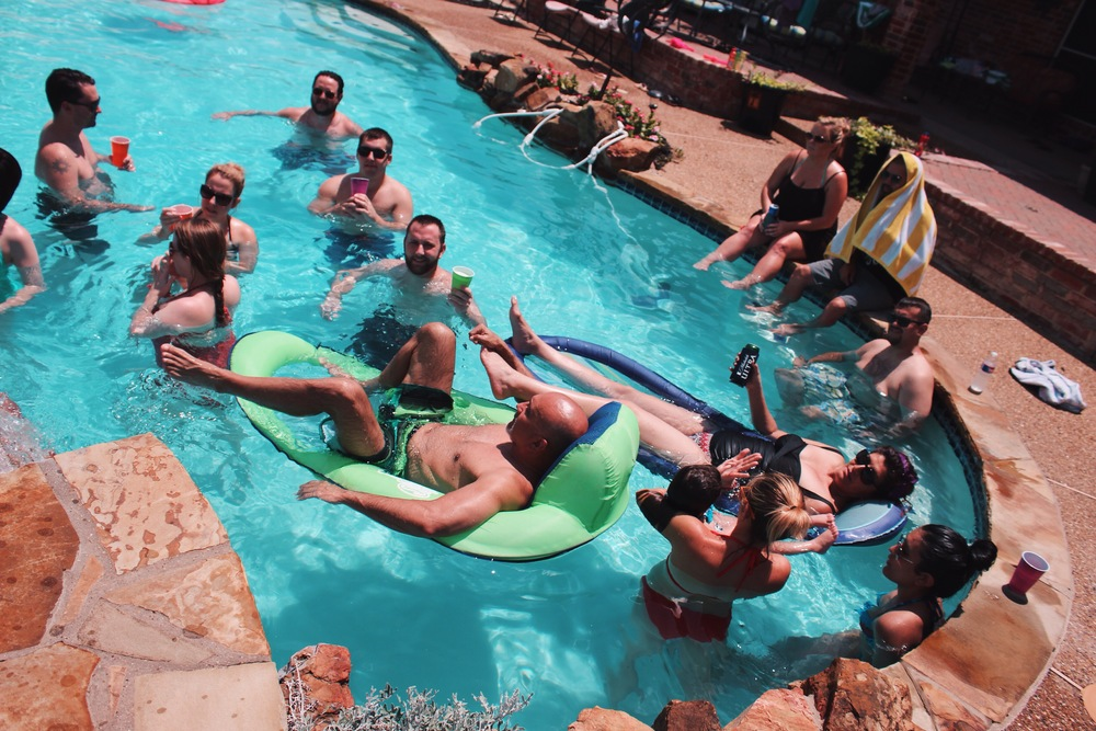 Baz Family Pool Day