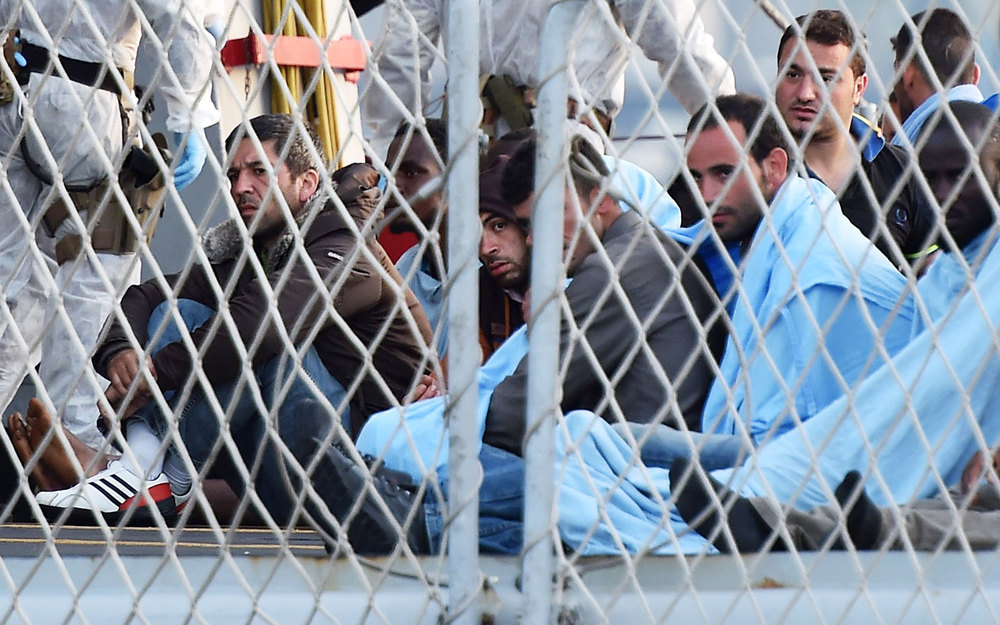 Migrants detained at the Hungarian border