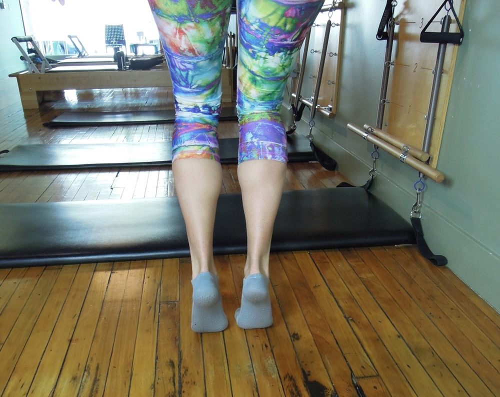 Bent knee calf raise