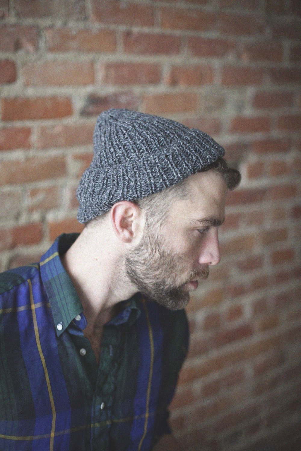 timberline beanie in marled grey