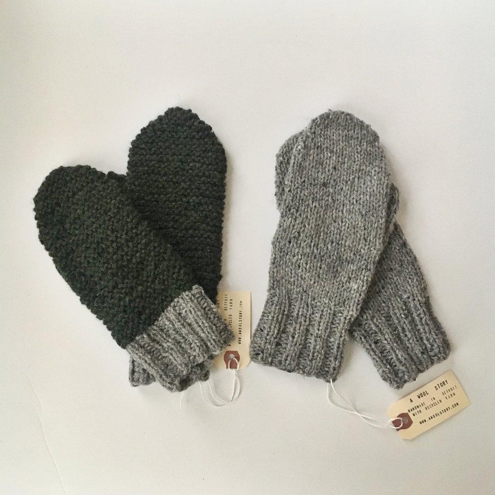 pine forest mittens // grey portland mittens