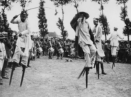 http://multimedia.scmp.com/ww1-china/  Chinese Stilt Walkers on the Western Front