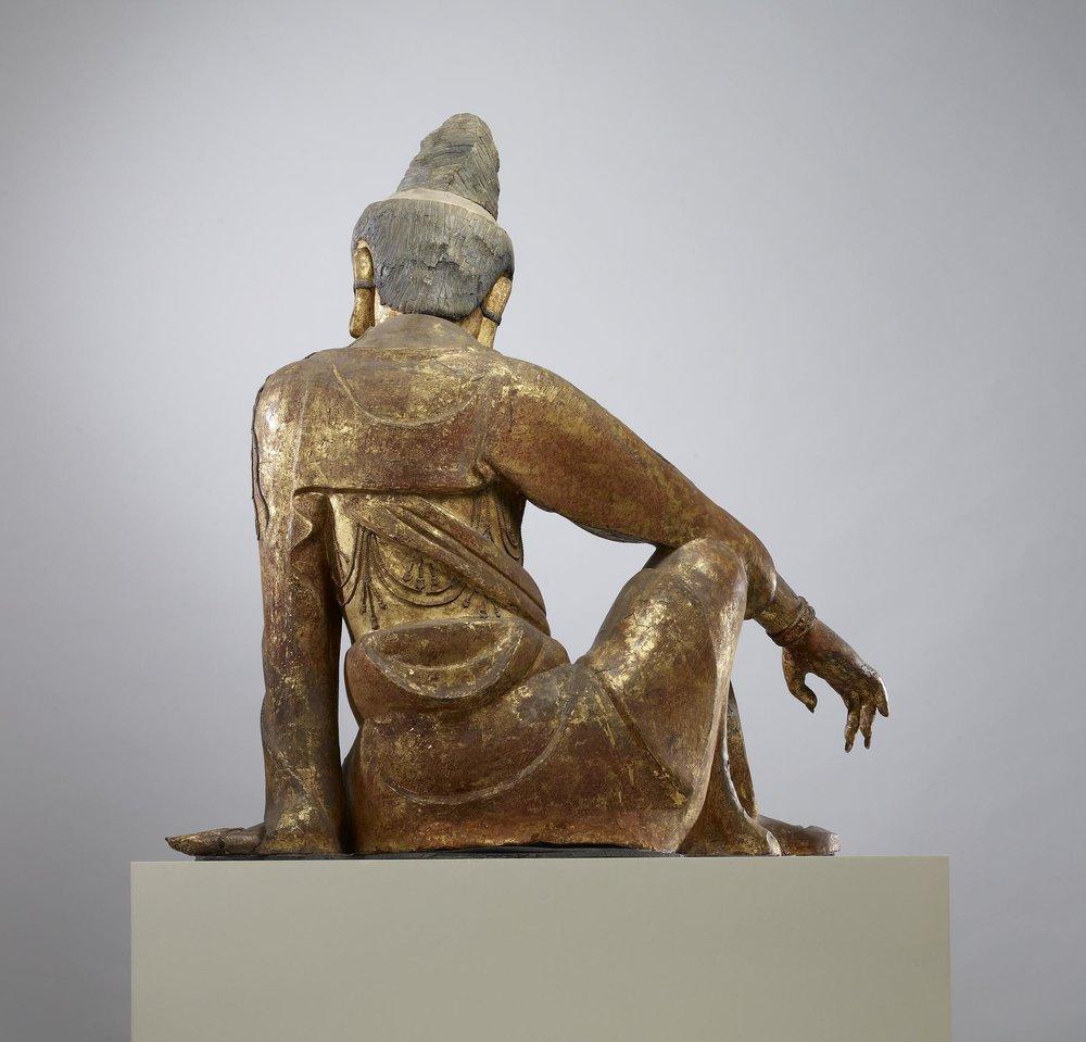 Chinese_-_Seated_Guanyin_(Kuan-yin)_Bodhisattva_-_Walters_25256_-_Back.jpg