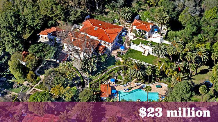 "A Santa Monica home that has had star turns in ""Entourage"" and as a short-term home of members of Fleetwood Mac during a reunion recording sold for $23 million, making it the most expensive sale in the greater Los Angeles area last week.   (Don Lewis)"