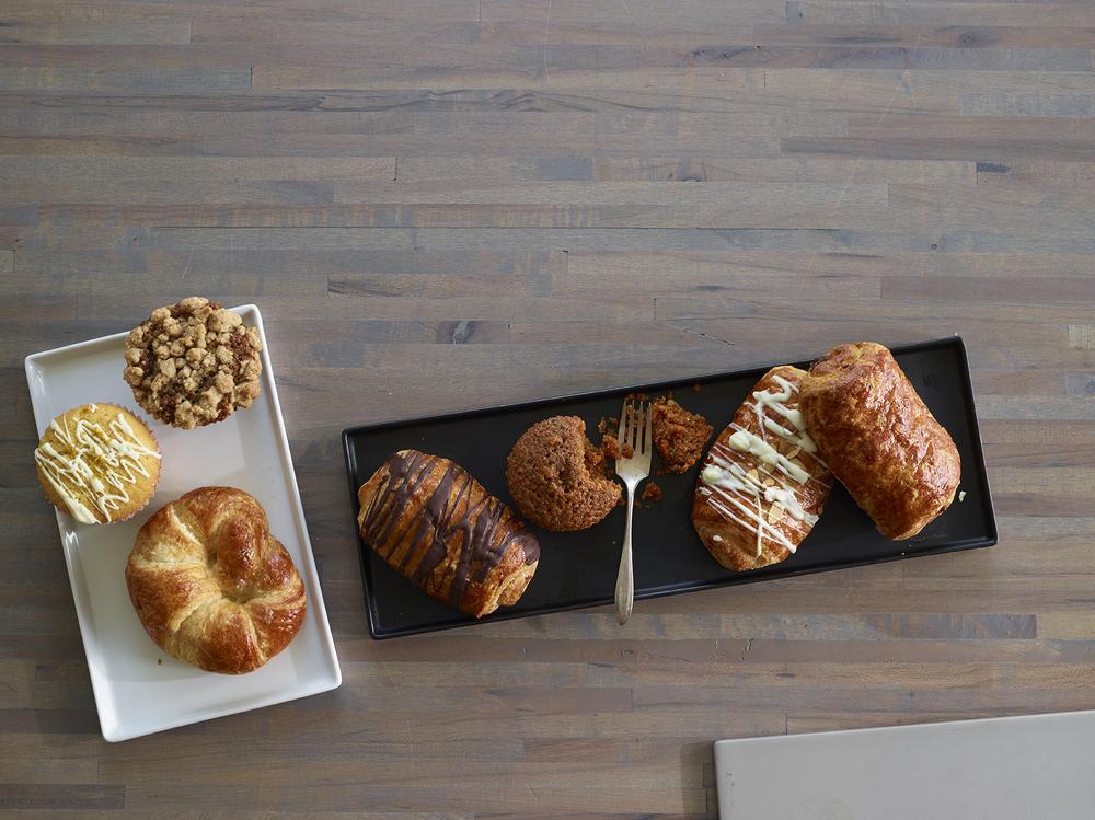 Croissants & Muffins