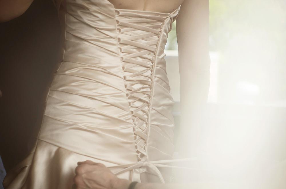 bridal prep shots