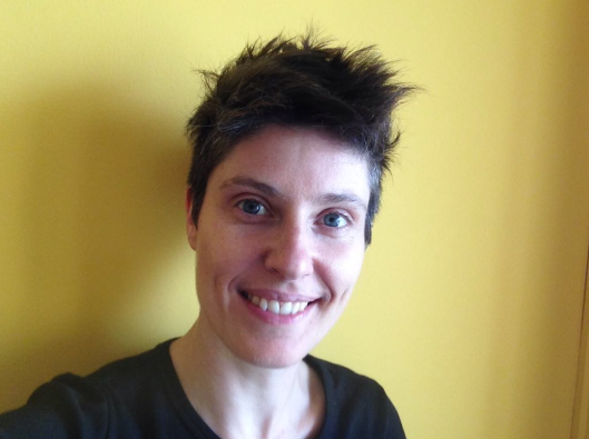 Laura - Has been working with queer and trans teens since 2016. Conducts art therapy and works at Charles University in the field of interdisciplinary education and creative skills.