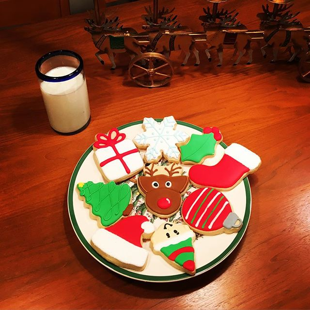 Santa got an extra special set of cookies this year! Merry Christmas! 🎄