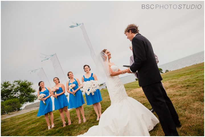 Modern-CT-Groton-Wedding-Ceremony-Photographer_017-720x482.jpg