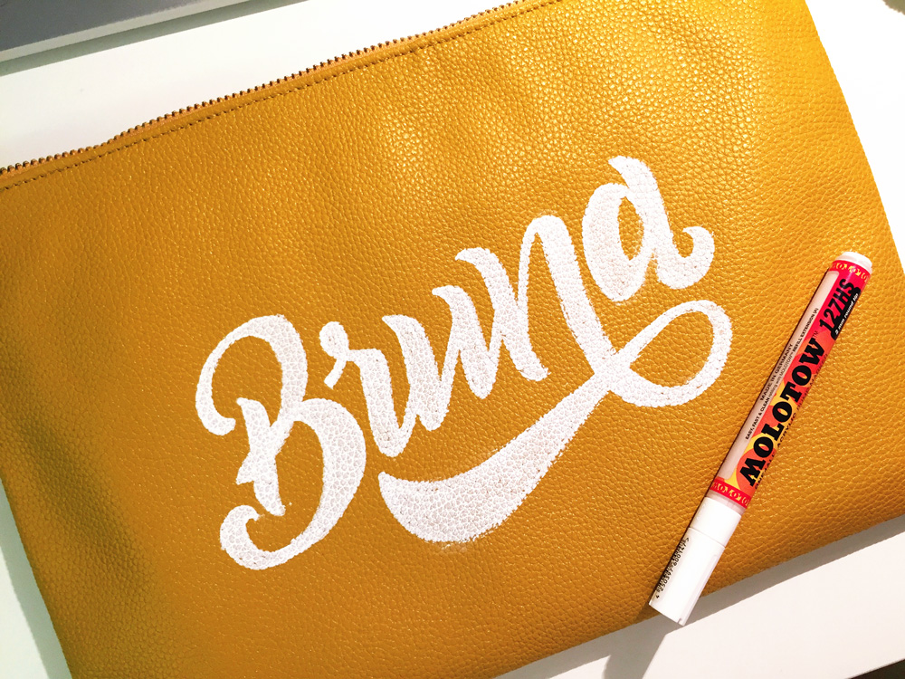 05-Bruna-Zanella---Lettering-every-fucking-day.jpg