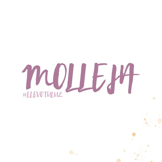 """#EnVenezolano... La palabra #molleja se usa para hablar de cosas indeterminadas. ¡Qué molleja! es una expresión típica de nuestros maracuchos (y del Zulia en general). Por lo general expresa asombro, se usa como comodín o muletilla, para expresar molestia o fastidio, o para expresar algo grande - véase #mollejúo. Se cree que el origen de las expresiones marabinas """"qué molleja"""" y """"mollejúo"""", vienen de la palabra mollejón, una piedra de amolar, por lo general de grandes dimensiones, pesada y un tanto asombrosa. ¿Lo sabías? ¡Comparte con tus zulianos favoritos! 🇻🇪🤓💫 ⠀⠀⠀⠀⠀⠀⠀⠀⠀ ⠀⠀⠀⠀⠀⠀⠀⠀⠀ ⠀⠀⠀⠀⠀⠀⠀⠀⠀ ⠀⠀⠀⠀⠀⠀⠀⠀⠀ ⠀⠀⠀⠀⠀⠀⠀⠀⠀ #venezuela #venezuelan #venezuelalibre #VenezuelanFood #venezuelaes #vergacion #venezuelalucha #Venezuelangirl #venezolanosenelmundo  #venezueladice #VenezuelaTeQuiero #venezuelanpower #venezuelacreativa #venezobadass #llevotuluz #venezuelandesigners #venezolana #venezueladesign #zulia #venezuelateamo #venezuelafotos #maracaibo #VenezuelaQuiereCambio #VenezuelaEmprende"""