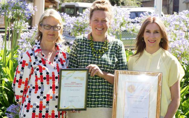 Representatives fromDookie Arts Committee Alice Tallis, Janie Christophersen and Serana Hunt with their awards