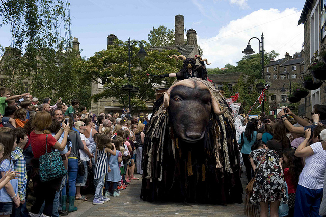 The 2014 Hebden Bridge Handmade Parade – photo by Ian Hodgson