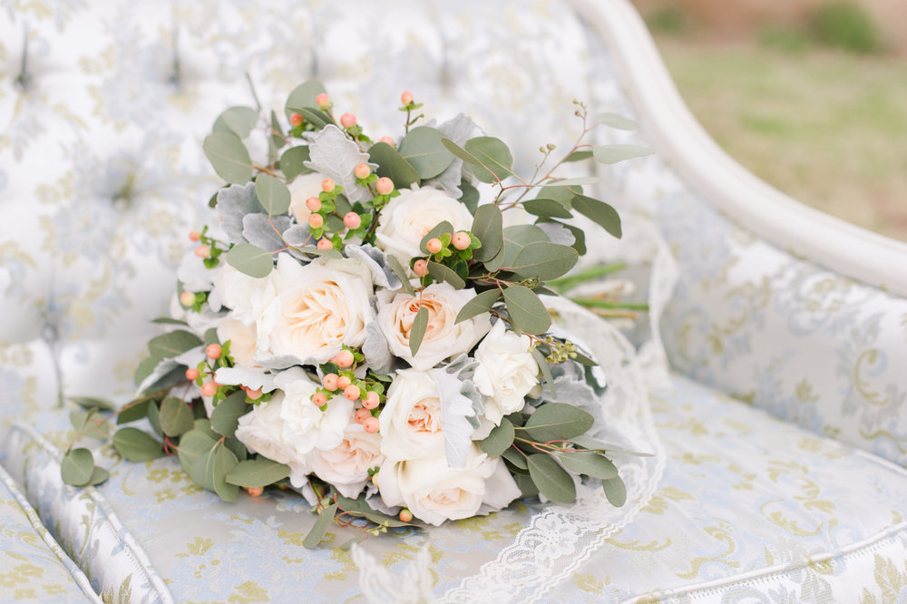 Courtney Inghram Events and Floral Design Richmond and Charlottesville Virginia Wedding Florist Bayvue Estate Susan Virginia