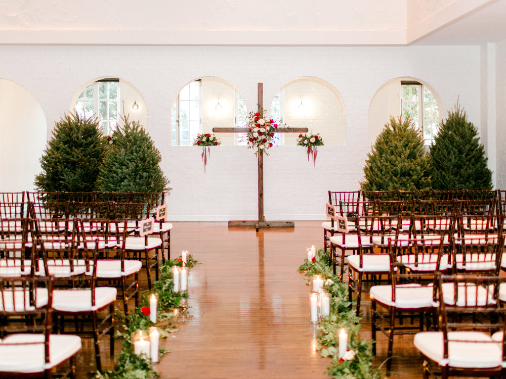 Courtney-Inghram-Historic-Post-Office-Hampton-Virginia-Wedding-Floris