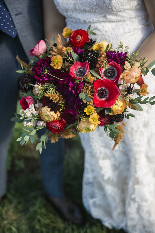 Courtney Inghram Early Mountain Vineyard Charlottesville Virginia Wedding Florist August WeddingCourtney Inghram Early Mountain Vineyard Wedding Charlottesville Florist