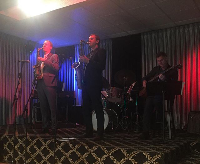 Peter and Will Anderson featuring Kenny Washington, Peter Bernstein and Pat Bianchi tearing it up at the Villa Vosilla!