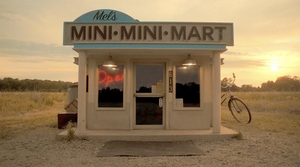 Mel's Mini Mini Mart at Sunset