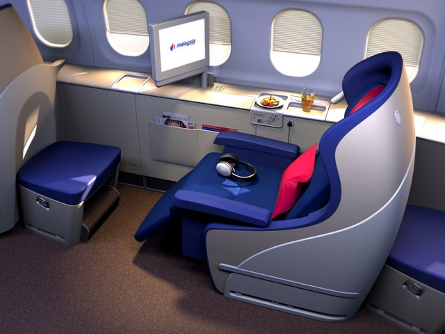 first class airplane