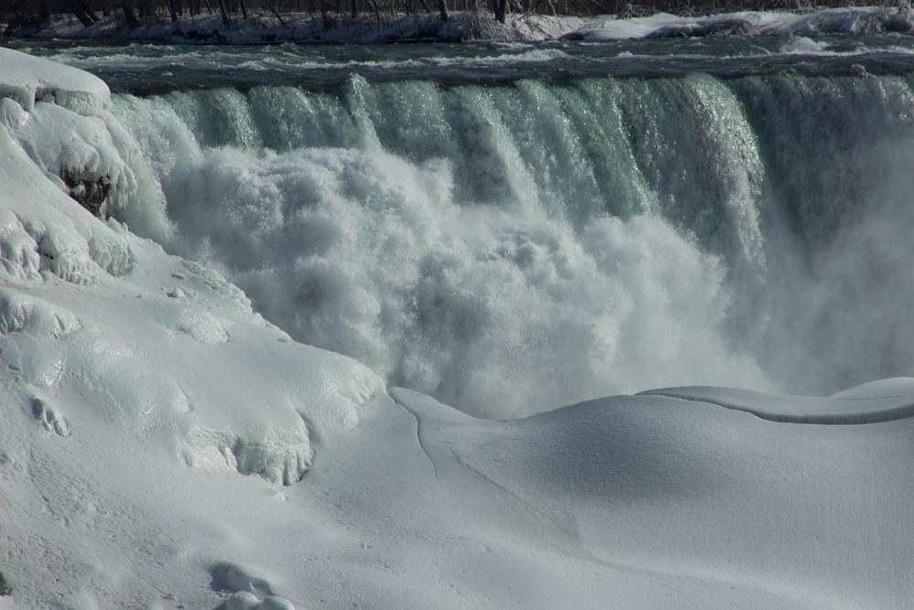 NiagaraFalls_2015_0319_0005.jpg