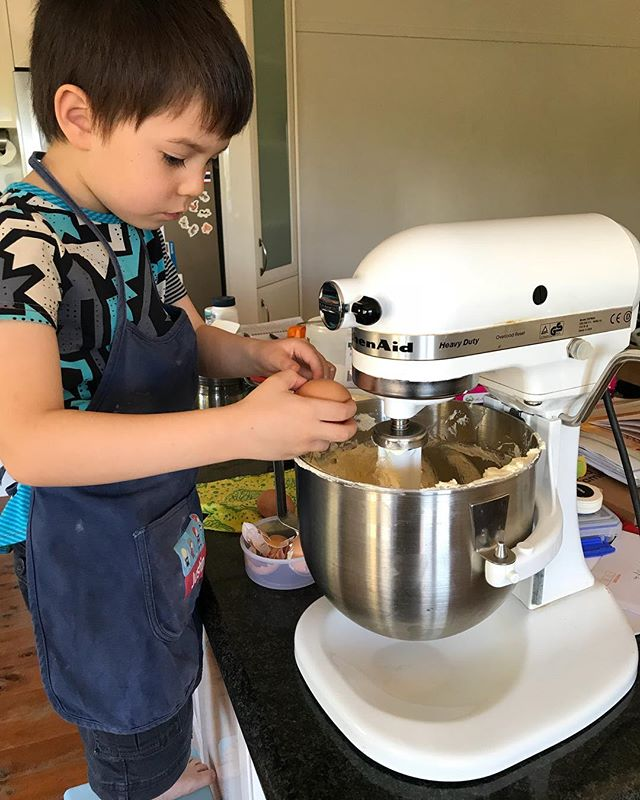 Kid making his own birthday cake. Partly a nuisance, lots of mess, a few disagreements, but mostly we had fun and I felt a great amount of pride sharing a love of baking with him. @katrina_v2.0 #almostfive #kidsinthekitchen #bakingwithkids #cookingwithkids #lifeskills #passionforbaking #baking #birthdaycake #castlecake #bluecake #marblecake #fiveyearsold #fouryearsold #kitchenaid