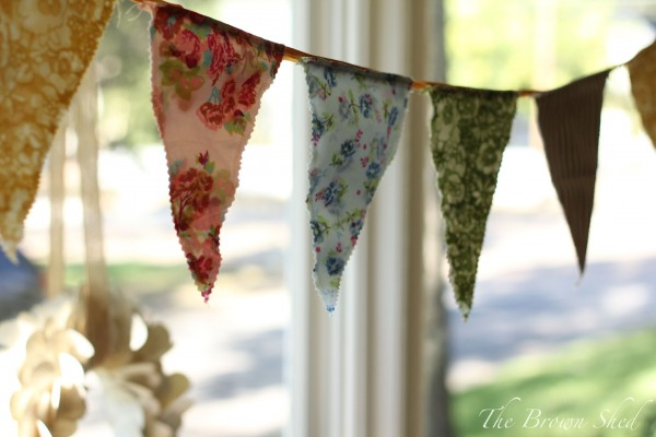 handmade bunting | thebrownshed.com