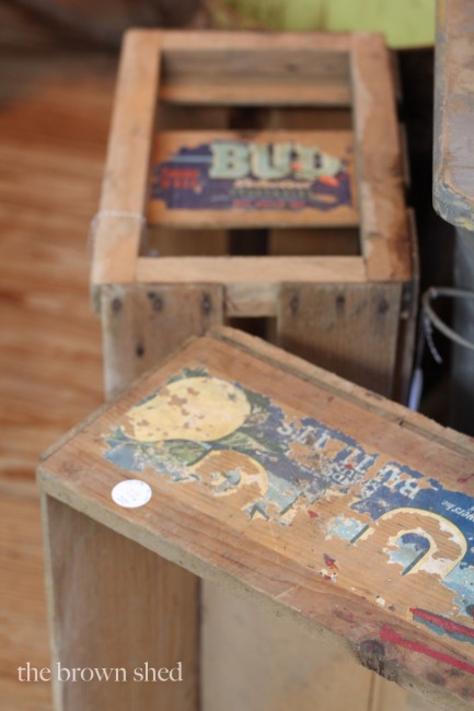 antique crates | thebrownshed.com