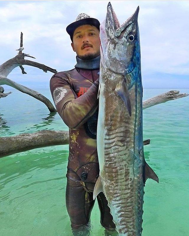 @danerichards87 —-  #bigmac / www.submergedspearfishing.com