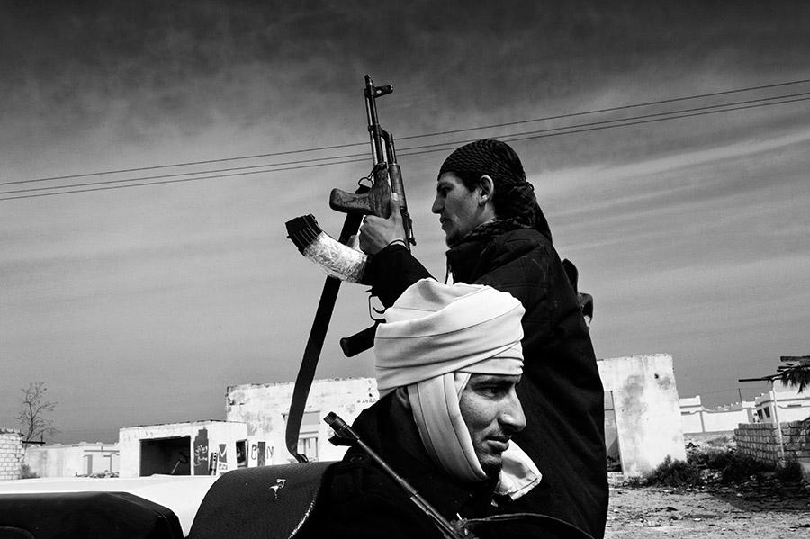 1-Reportage-fotografico-CHAOS-LIBYA-Riccardo-Venturi-Palazzo-Velli-Expo-Roma-aprile-maggio-2016.JPG