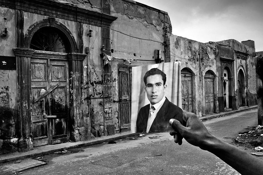 7-Reportage-fotografico-CHAOS-LIBYA-Riccardo-Venturi-Palazzo-Velli-Expo-Roma-aprile-maggio-2016.JPG