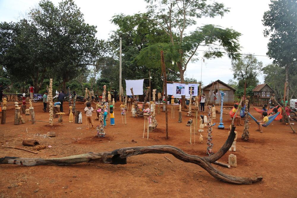 Jrai Dew sculpture garden -