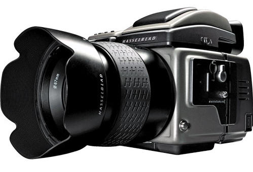 Machinery: The equipment we use includes a Hasselblad H5D.