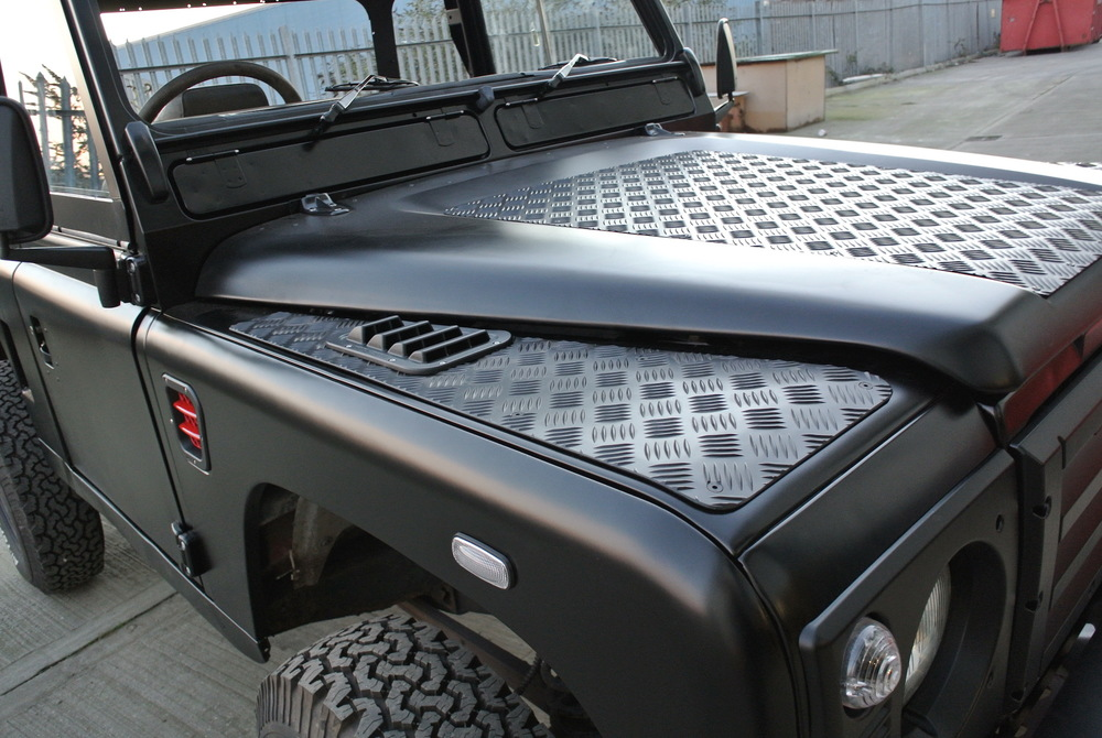 PREMIUM 3MM CHEQUER PLATE - WINGTOPS £155. BONNET
