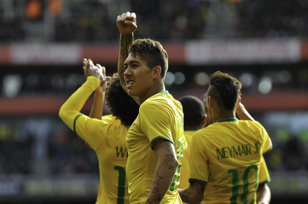 MIranda, Brazil soccer player, celebrates his goal against Chile at Emirates Stadium, London (UK). ©Erica Dezonne / All rights reserved