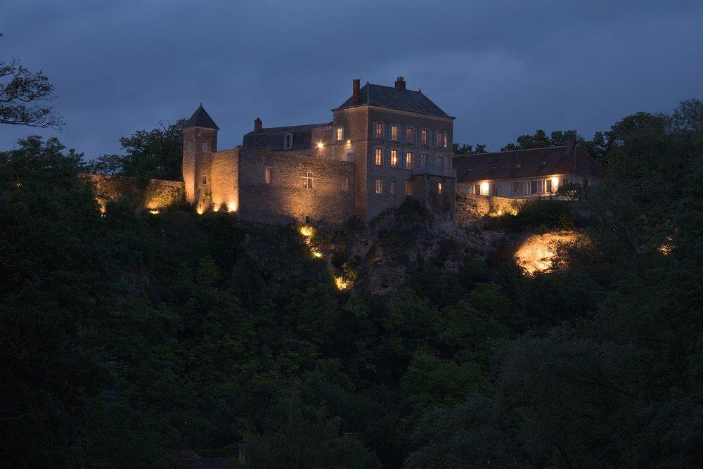 Chateau_Cliffside.jpg
