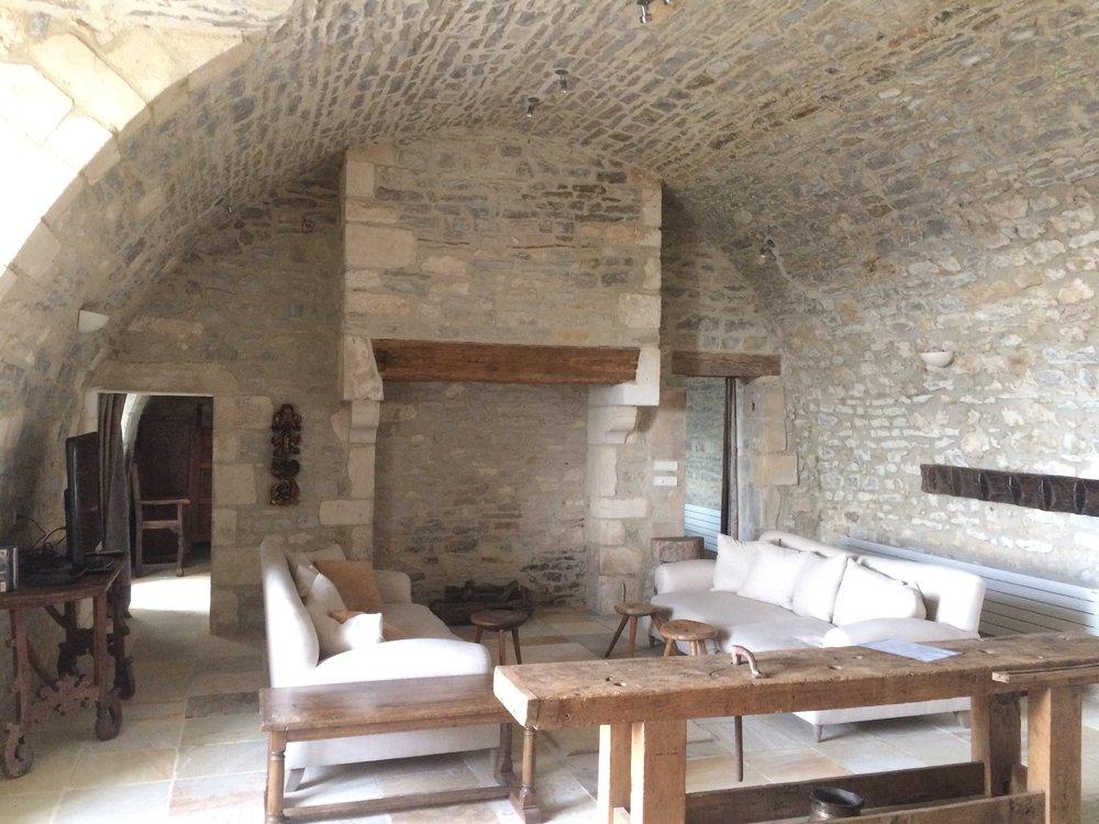 Chateau_Cave1.jpg